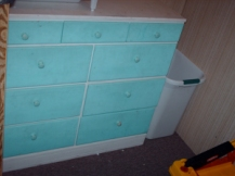 Accessible drawers - Hamper in the corner.